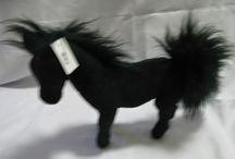Boneka Mustang