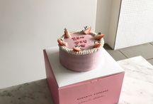 Birthday Cakes //