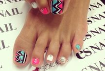 Toe nail art for summer