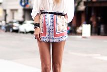 Beautiful clothes! / Style me!