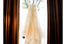 Weddingday photo ideas! / by Jordan La Course