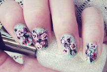 nails (à la effie trinket)