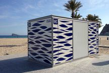 HABANA WC-Kiosk / microarquitectura manufactured new toilet modules for the beaches of Benidorm. The competition included both the construction of the toilets and the outdoor graphics.