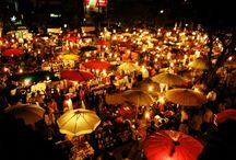 Chiang Mai Night Bazaar / Chiang Mai's Night Bazaar is open nightly along Chang Khlan Road and geared specifically for tourists selling a wide range of goods from cheap, knock-off apparel and DVDs, to handmade jewellery and home decor at retail and wholesale value.