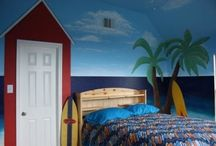 Surf/Beach Themed Room / by Tyra Menolascino
