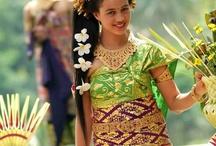 Indonesia tradisional dress