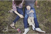Family posing / Photography  / by Rachelle Wilkins