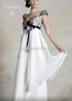 wedding gowns / by Lindsey Newhouse