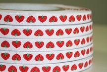 Decoratielint, cadeaulint/decoration tape, gifttape / Leuke lintjes om te decoreren/Woven ribbons to decorate