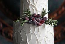 Inspiration - Winter Wedding Cakes