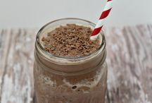 Skinny almond chocolate smoothie / A gorgeous and brilliant tasting drink healthy and unhealthy at the same time and a tasty brilliant drink to snack on