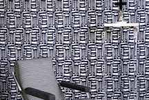 COTTON DECO by HappyTEX / Cotton Deco es una colección contemporánea, no sólo en el diseño sino también en la composición de sus tejidos: se han utilizado fibras como la chenilla de algodón, el lino y la viscosa.  Comprende una paleta de colores actuales y sofisticados, incluyendo tonos en tendencia como el azul tinta, el verde esmeralda y el rojo henna. Todos ellos se combinan a la perfección con los relajantes neutros de la colección como el lino, el gris suave o el carbón.
