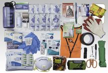 VLES designs Fully Stocked GO-bag / Be prepared for the trip you didn't plan to take. Readiness delivered to your door. It's as easy as: 1 - add your personal items, we've already included the emergency supplies and medical supplies 2 - complete your family plan - your Readiness Playbook is included  3 - Store the GO-bag where you can get to it quickly 4 - Plan, prepare and practice
