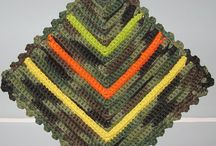 Crochet: HoUsEwArEs / Dish/washcloths, placemats, potholders, coasters, bathroom decor, etc / by Penny Lewis