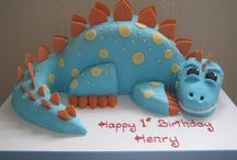 Party Themes | Dinosaur / Lots of cake, food ideas, creative ways to make a little boy or girl super happy with a dinosaur themed birthday party