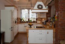 Konyha mediterrán stílusban / A NaDe konyhabútoraiban minden megtalálható, ami egy lenyűgöző konyhában kell: tökéletes belső és esztétikus külső.