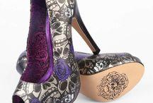 Shoes!!! / by Crystal Macias