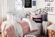 Boho Dorm / How to decorate your boho dorm.