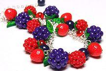 полимерные глина ягоды