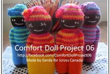 Knitted comfort dolls
