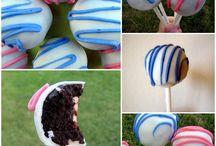 Cake Pops / by Anna-Lena Kiwinz