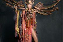 kostum karnaval