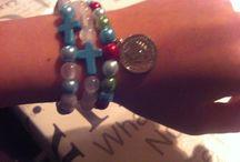 Zelfgemaakte sieraden  / Zelf gemaakte armbandjes