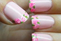 Nails / Nail Art.