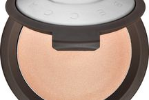 My Favorite BECCA Products / Here I share my favorite BECCA products - one of my favorite makeup brands.