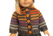 Knitted dolls clothing