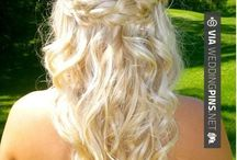 Half Up Wedding Hair / This is the half up wedding hair board! Check out these amazing half up wedding hair looks and styles below! The half up wedding hairstyle has become standard in recent years. Get inspiration here and then try it yourself! Enjoy!