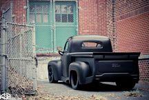 Custom Cars & Trucks