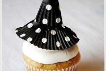 Holiday : Halloween Sweets / by Brenda's Wedding Blog