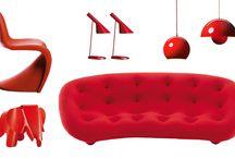 """Farbe Rot bringt Lebenskraft / Rot - die Farbe der Kraft Bringen Sie Lebendigkeit und Wärme in Ihre Räume. Das rote Sofa """"Ploum"""" designed by Ronan und Erwan Bouroullec von Ligne Roset bietet einen extraweichen und besonders großartigen Sitzkomfort. Neben dem einzigartigen Sitzkomfort ist das ausgefallene Design in Kombination mit dem abgesteppten Bezugsmaterial ein absoluter Hingucker."""