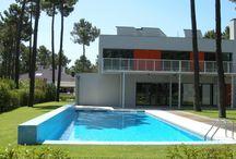 Vakantiehuizen Zilverkust & Lissabon / Op dit bord tref je een aanbod van vakantiehuizen in de regio Zilverkust en in de stad Lissabon te Portugal aan. Deze zijn veelal online via onze website Recreatiewoning.nl te boeken. Het huuraanbod op onze site is afkomstig van zowel particulier als zakelijke verhuurders.