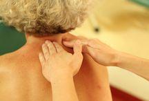 Masaże w Klinice Uzdrowiskowej Pod Tężniami / W naszej Klinice posiadamy szeroką ofertę masaży relaksujących, odchudzających i leczniczych.