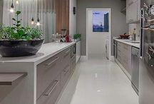 Cozinha cor e pedra