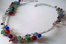 Crocheted necklace - Fémszálra horgolt nyakláncok
