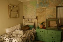 Bedroom Ideas!! / by Laura Robinson