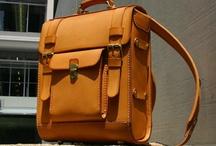 Bags I like / by Lorraine Vanstone