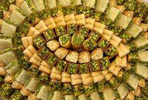 Λιβανέζικα Σιροπιαστά / Lebanese sweets. / A collection with various Lebanese syrup sweets.  Συλλογή με Λιβανέζικα σιροπιαστά,