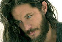 Men Who Look Like Jesus / Tanned, long wavy hair, beard...
