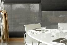 """Luxaflex bij Eurlings Interieurs / Zonwering moet vooral praktisch maar ook decoratief zijn. Het beschermt uw meubilair tegen verkleuring, houdt in de zomer uw huis koel, biedt privacy en voorkomt hinderlijke spiegeling in uw tv- of computerscherm. In onze Luxaflex Inspiration Shop zijn alle raamdecoratie producten """"live"""" te bewonderen. Wij adviseren u graag! http://www.eurlingsinterieurs.nl/site/collectie/raamdecoratie-zonwering/ https://www.facebook.com/eurlingsinterieurs/"""