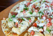 Food.Pizza / by Dani Carnighan