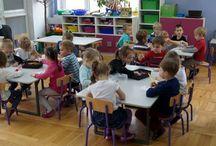 2015 lekcje edukacyjne dla 4 grup w Przedszkolu  nr 29 w Rzeszowie / 9 grudnia odbyły się cztery lekcje edukacyjne dla przedszkolaków z Przedszkola nr 29 w Rzeszowie. Na zajęciach dzieci przeniosły  się w  koci świat,  poznały budowę kota oraz formy porozumiewania się kota  zarówno z otoczeniem jak i  z człowiekiem.  Na zajęciach powstały kocie maski  oraz mapy szczęśliwych kotów. Poruszyliśmy także temat odpowiedzialności za zwierzę oraz pomocy bezdomnym zwierzętom.