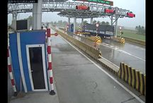 Viral Video - VIDEO - Full Accident Truck VS Toll Booth