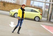 Autfit a žlutý Opel Corsa
