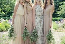 n e u t r a l    w e d d i n g s / a collection of swoon-worthy weddings with a neutral color palette.