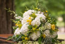 Yellow and Whites, a country wedding / Wedding Flowers