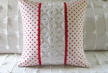 PILLOWS / by Beth McCormack